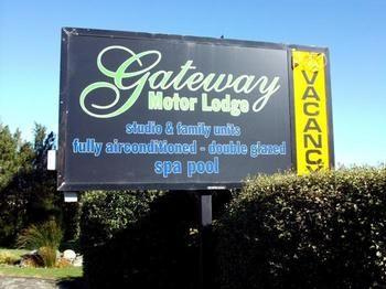 Gateway Motor Lodge - dream vacation