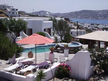 La Veranda of Mykonos Traditional Guesthouse - dream vacation
