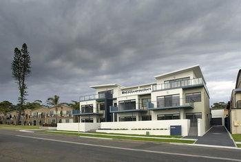 Mollymook Beachfront Executive Apartments