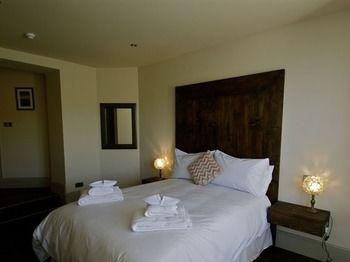 The Habit Boutique Rooms - dream vacation