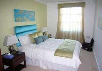 Waterside Apartment Cowes - dream vacation