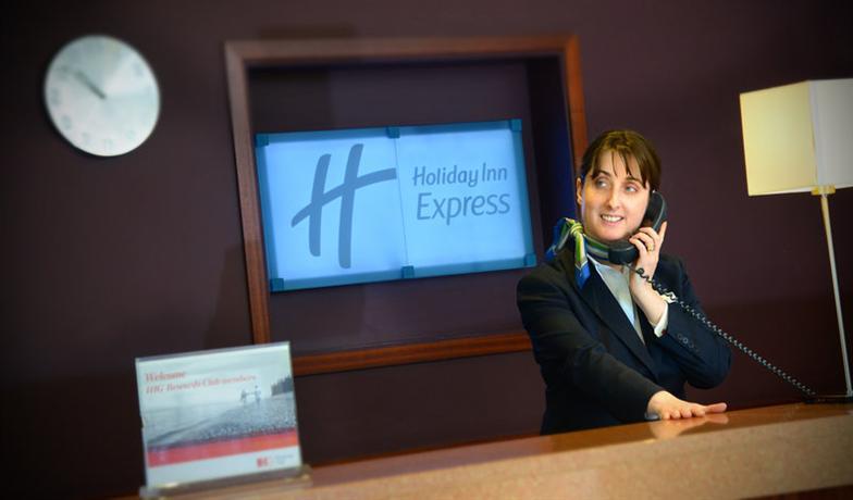 Holiday Inn Express Dublin Airport - dream vacation