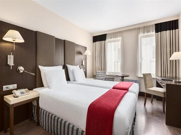 NH Brussels Grand Place Arenberg - dream vacation