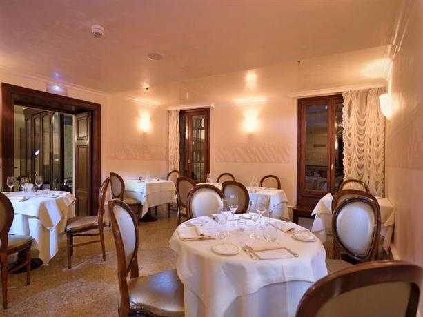 Hotel ai reali small luxury hotels of the world venice for Small luxury hotels around the world