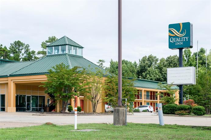 Quality Inn Louisville Mississippi - dream vacation