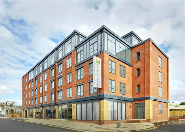 Holiday Inn Express Grimsby - dream vacation