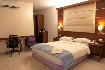 The Hub Hotel Freetown - dream vacation