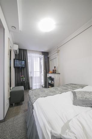 Отель Жуков