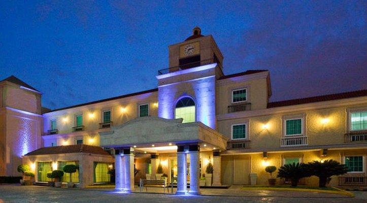 Best Western Plus Monterrey Colon - dream vacation