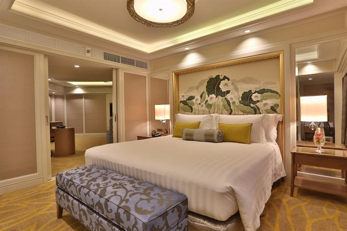how to go to dusit thani hotel makati