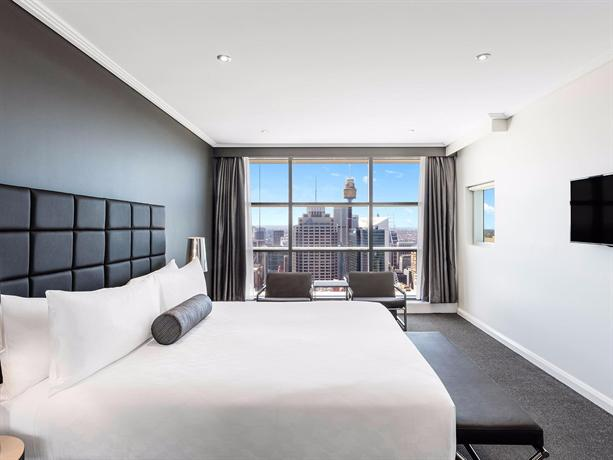 Meriton Serviced Apartments World Tower, Sydney - Compare ...