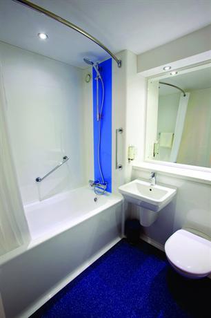 Travelodge Altrincham Central - dream vacation