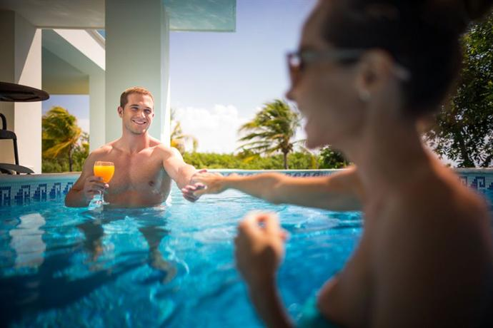 BlueBay Grand Esmeralda Hotel Playa del Carmen - dream vacation