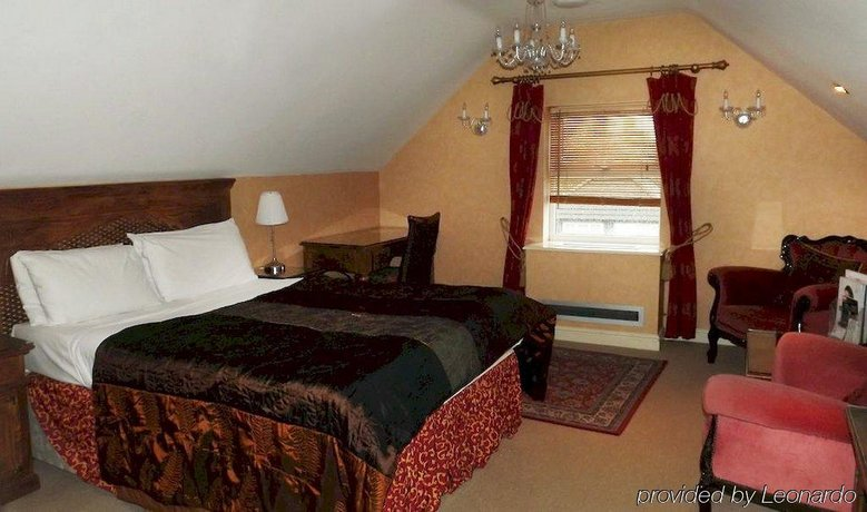 The Peacock Townhouse Hotel Kenilworth Warwick - dream vacation