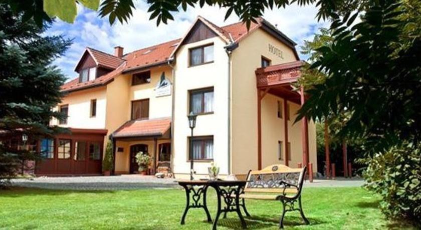 Garni-Hotel Kranich - dream vacation