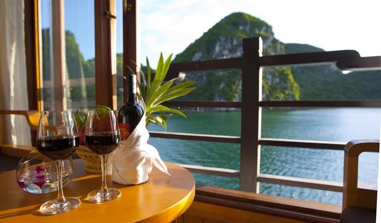 Pelican Halong Luxury Cruise - dream vacation
