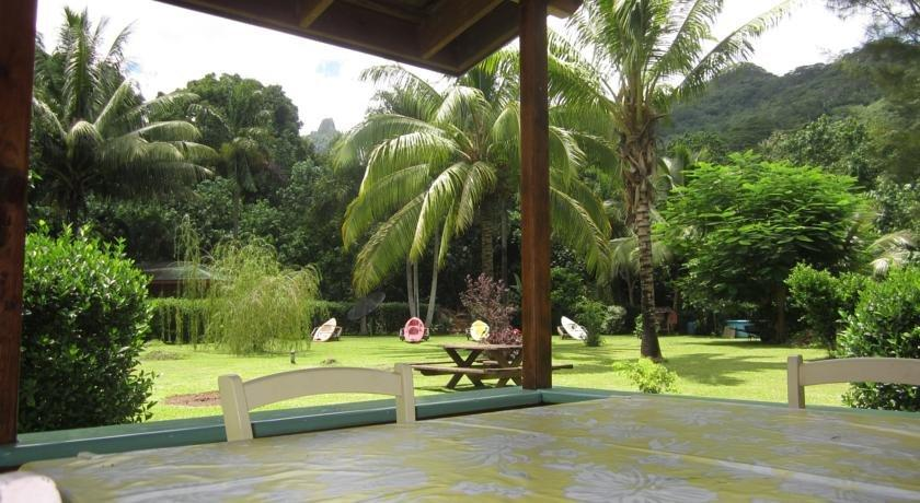 Marks Place Moorea - dream vacation