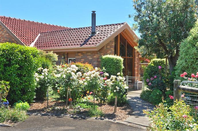 Photo: Langbrook Cottages