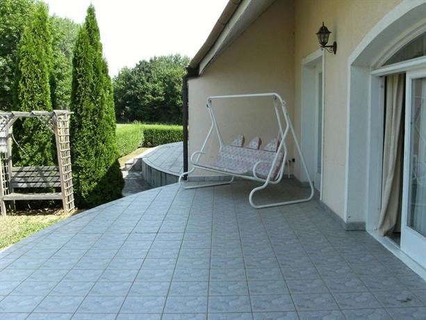 Golf in Hungary Apartment - dream vacation