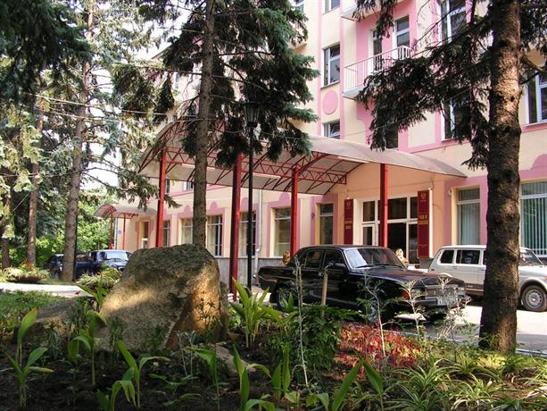 Zhemchuzhina Kavkaza Hotel Zheleznovodsk