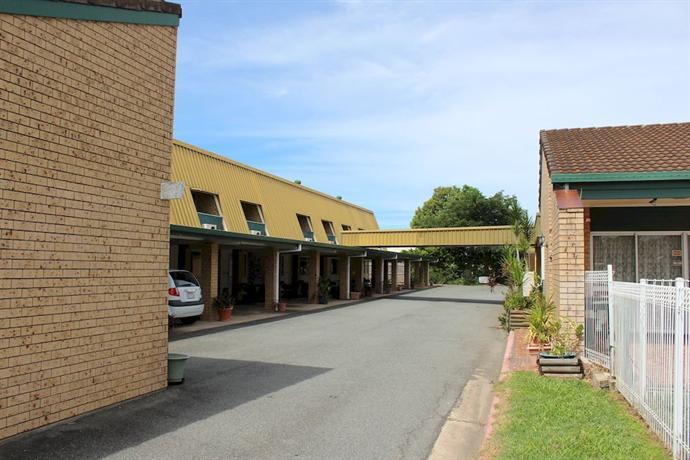 Photo: Sun Plaza Motel
