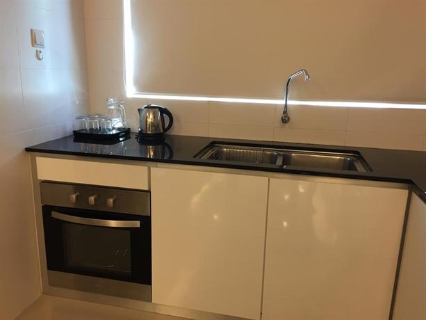 Batu Ferringhi-Luxury Shamrock Villa 12A - dream vacation
