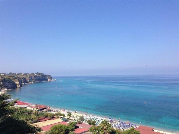 Hotel Terrazzo Sul Mare, Tropea - Compare Deals