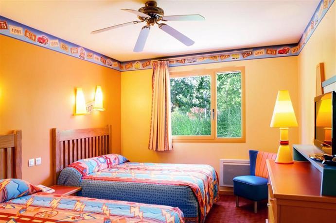 Disney's Hotel Santa Fe®