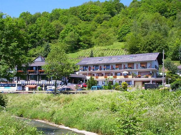 Landhotel Weinhaus Treis - dream vacation