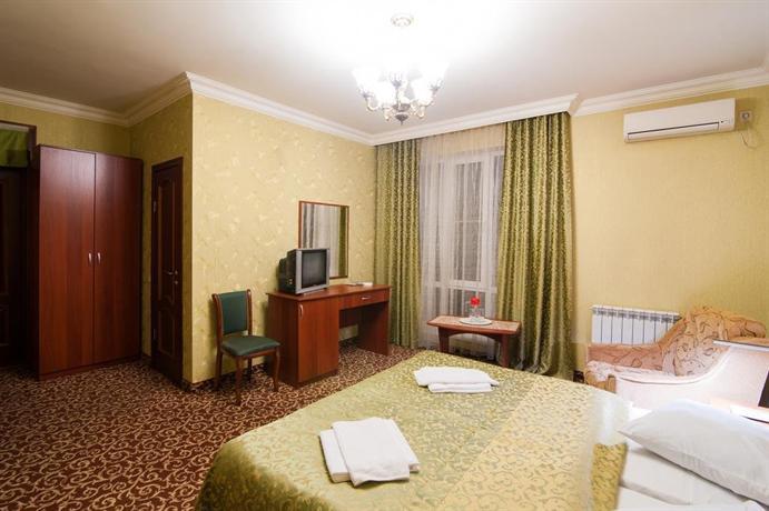 Отель Магнат