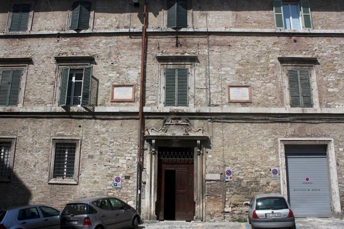 Little Italy Hostel - dream vacation