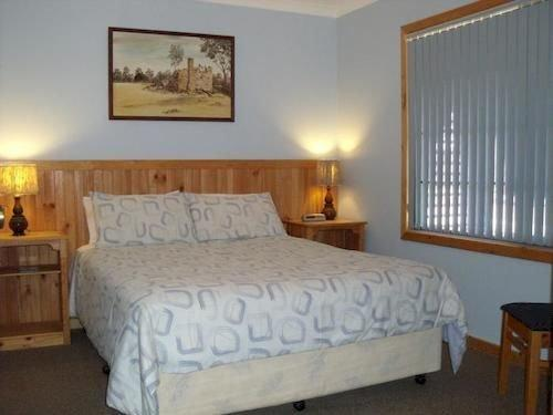 Woody Grange Chalets - dream vacation