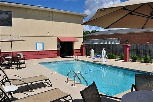 Country Inn & Suites by Carlson Monroeville - dream vacation