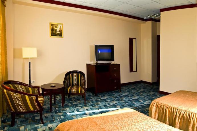 Отель Аврора