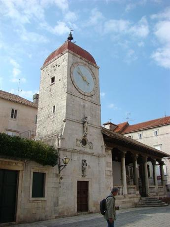Apartments in Trogir - dream vacation