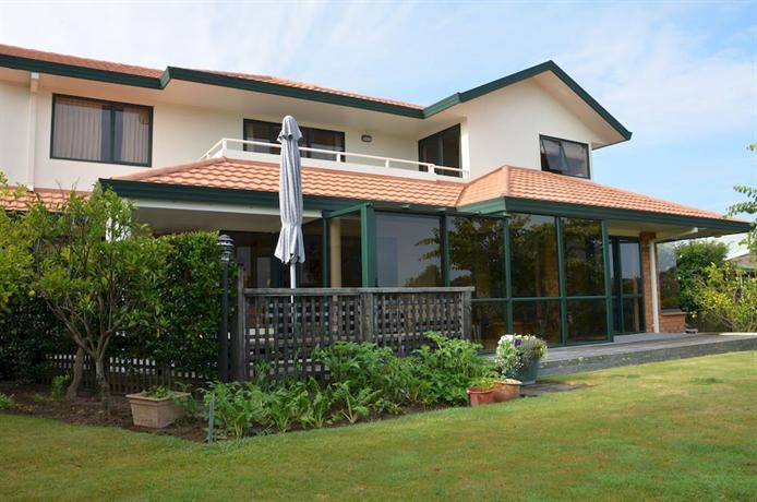 Crestwood Bed and Breakfast Whakatane - dream vacation