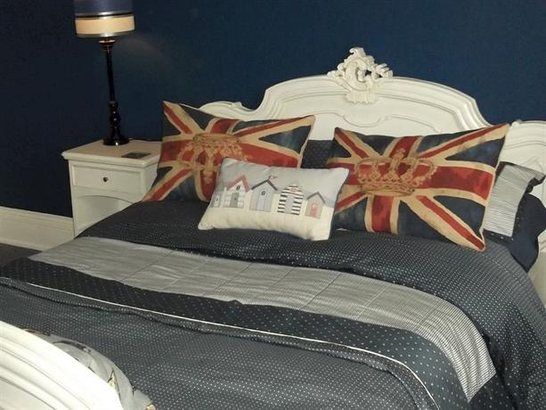 Holly House Bed & Breakfast - dream vacation