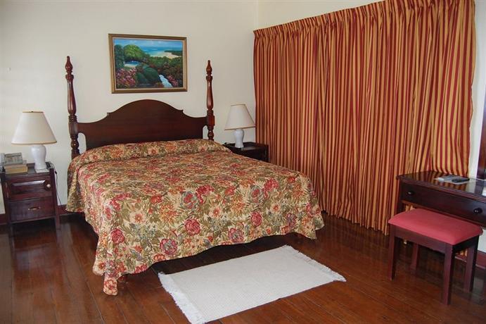 Inn At Shaw Park Gardens & Waterfalls Ocho Rios - dream vacation