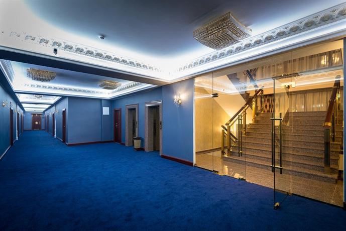 Отель Артис Плаза