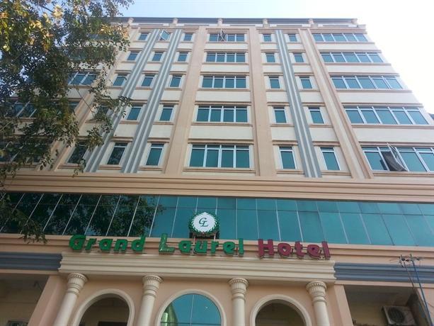 Grand Laurel Hotel