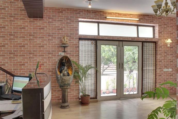 OYO Rooms Cyber Hub Gurgaon - dream vacation