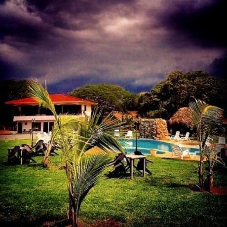 Hotel Villa Suiza Resort