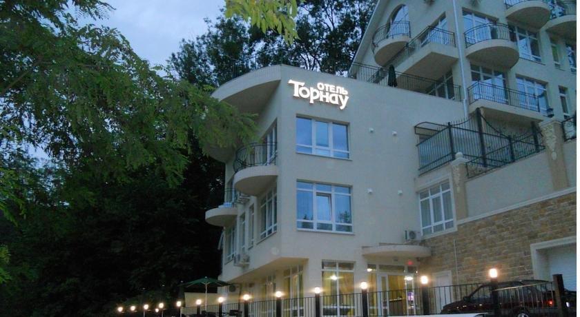 Курортный отель Tornau