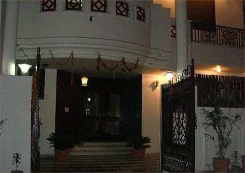 Hotel Agra Mahal - dream vacation