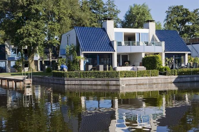 Amsterdam / Loosdrecht Rien van den Broeke Village - dream vacation