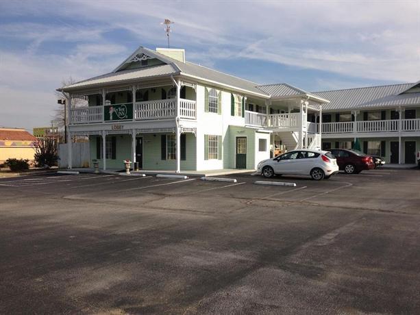 Key West Inn Clanton - dream vacation