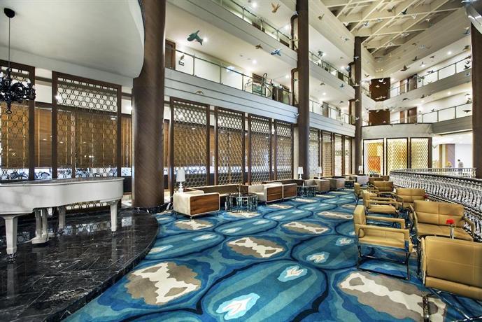 Nirvana Lagoon Luxury