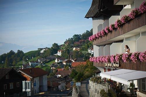 Hotel Oberland