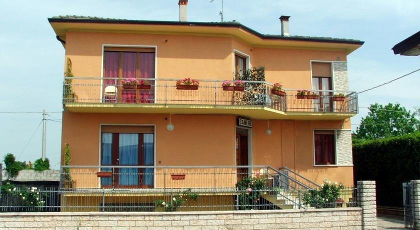 Affitta Camere Elena Castelnuovo del Garda - dream vacation