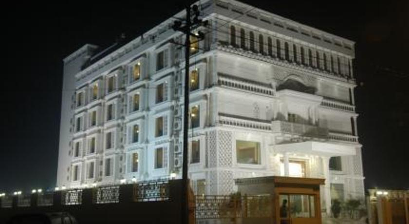 Raj Mahal Hotel Agra - dream vacation
